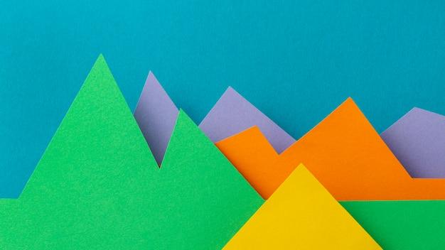 Koncepcja graficzna z kolorowym papierem