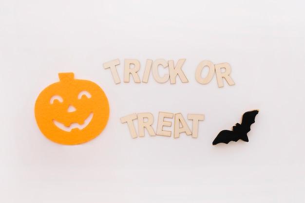 Koncepcja halloween z dyni na papierze