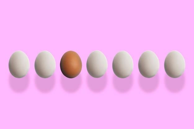 Koncepcja indywidualności, jedno wyjątkowe jajko wśród zwykłych, pomysł na różnicę