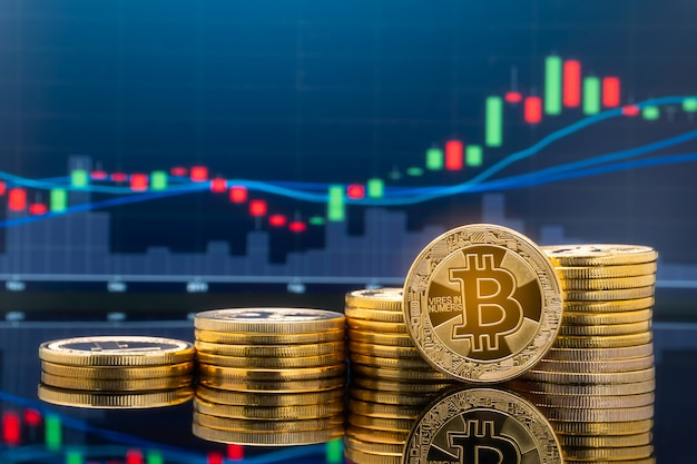 Koncepcja inwestowania w bitcoiny i kryptowaluty.