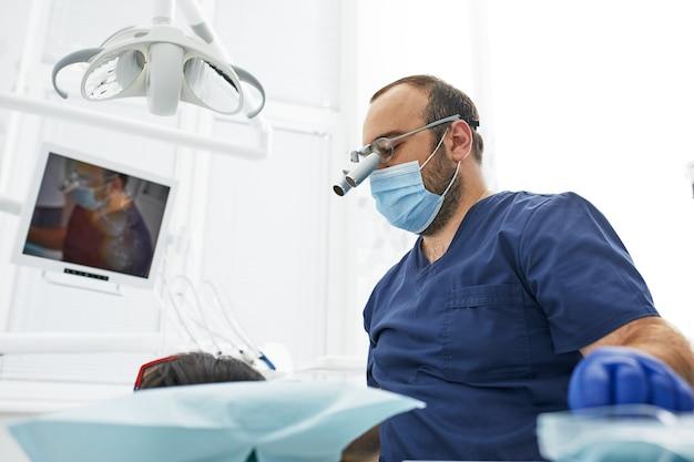 Koncepcja ludzie, medycyna, stomatologia i opieka zdrowotna
