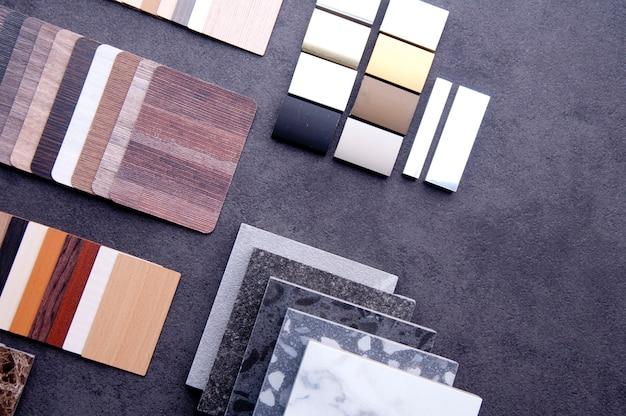 Koncepcja materiałowa podłoga laminowana parkiet sklejka i winyl.