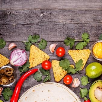 Koncepcja meksykańskiej żywności, miejsce na kopię, widok z góry.