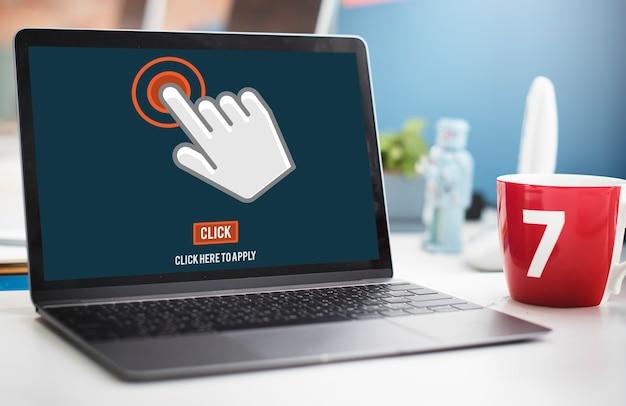 Koncepcja naciskania ekranu dotykowego z panelem dotykowym