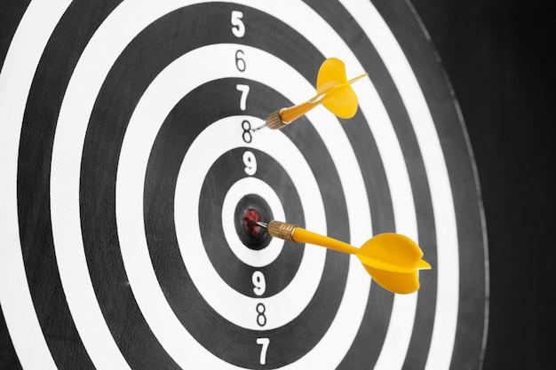 Koncepcja sukcesu firmy dartboard
