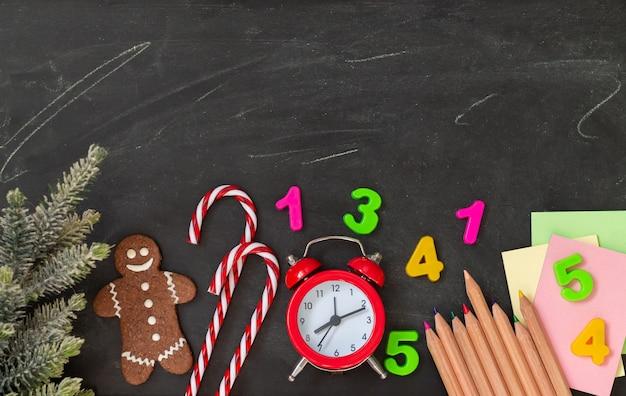 Koncepcja świątecznych wakacji szkolnych.