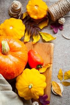 Koncepcja święto dziękczynienia lub halloween z miejsca na kopię