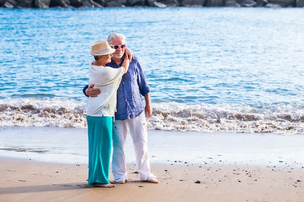 Koncepcja wakacji, wakacji, miłości i przyjaźni