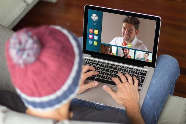 Koncepcja wideokonferencji. cała grafika ekranu jest zmyślona.