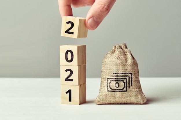 Koncepcja zaczęła oszczędzać pieniądze w nowym roku 2021.