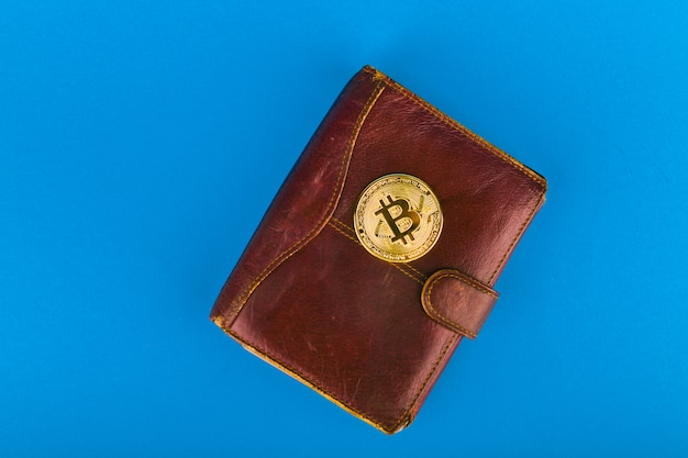 Koncepcja zakupu bitcoinów. bitcoin i portfel.