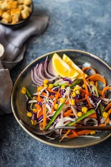 Koncepcja zdrowej żywności z organicznych warzyw