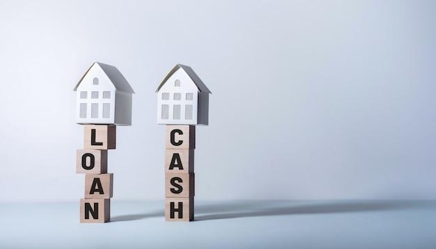 Koncepcje nieruchomości z koncepcjami pożyczki i gotówki. inwestycje biznesowe i finansowe.