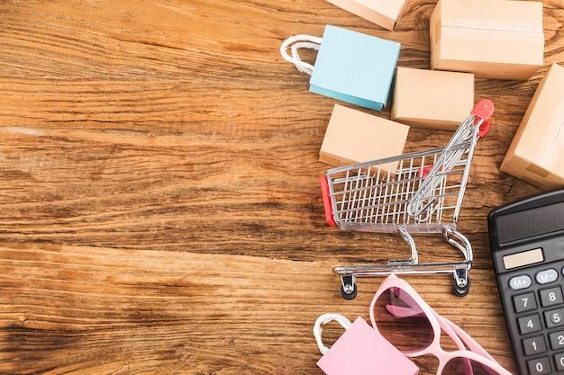 Konsumenci korzystają z koncepcji zakupów internetowych