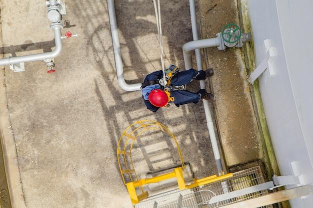 Kontrola bezpieczeństwa wysokości dostępu do liny dla mężczyzn w przemyśle zbiorników na olej i gaz do przechowywania grubości