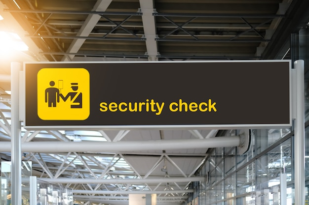 Kontrola bezpieczeństwa znak lotniska.