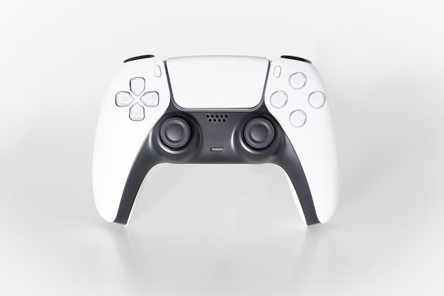 Kontroler gier nowej generacji na białym tle