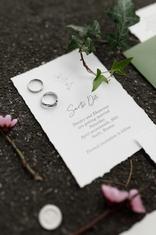 Koperta pocztowa i kartka na wesele nadruk na tle z trawą i mchem