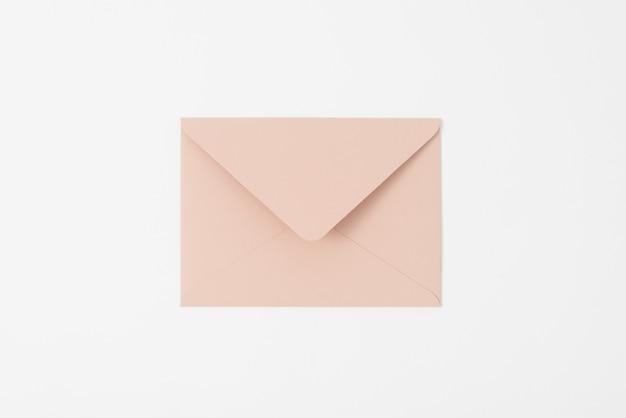 Koperta z papieru rzemieślniczego