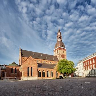Kopuła kwadrat, ryska katedra przy centrum stary miasteczko ryski, latvia.