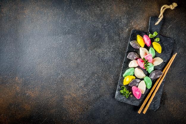 Koreańskie ciastka ryżowe songpyeon