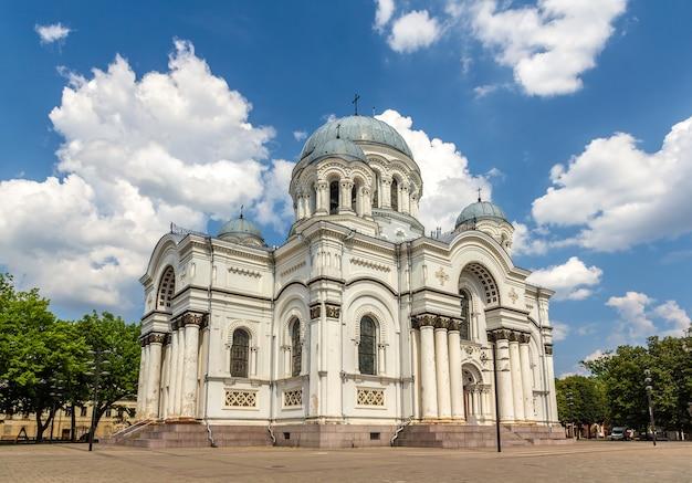 Kościół św. michała archanioła w kownie na litwie