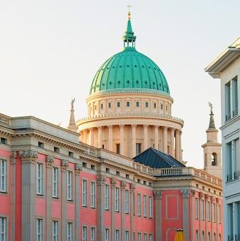 Kościół świętego mikołaja w poczdamie, niemcy