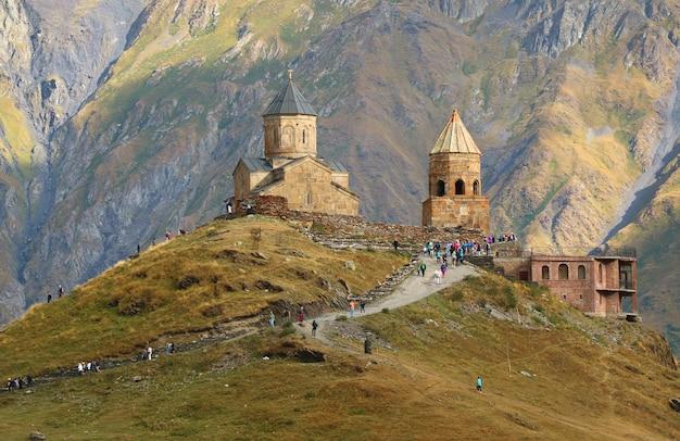 Kościół świętej trójcy w gergeti w stepantsminda