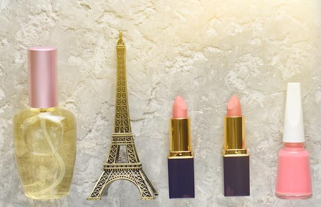 Kosmetyki damskie z paryża.