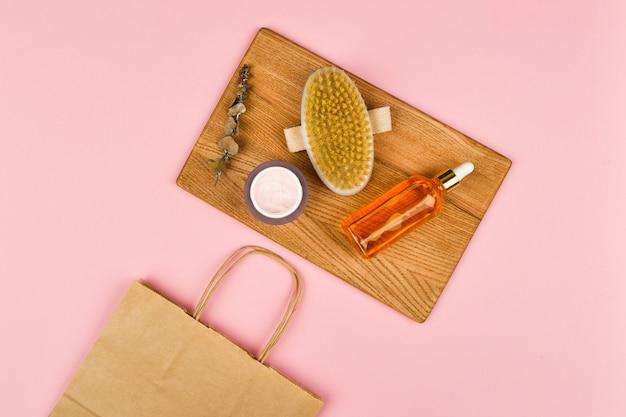 Kosmetyki organiczne do pielęgnacji skóry i ciała.