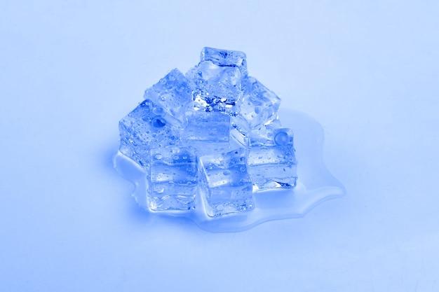 Kostki kryształków lodu, miejsce na tekst lub projekt