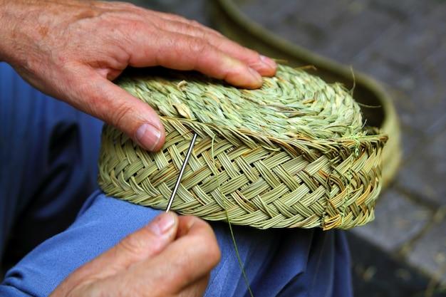 Kosz do szycia rzemieślnika tkacz trawy esparto