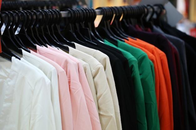 Koszula w sklepie