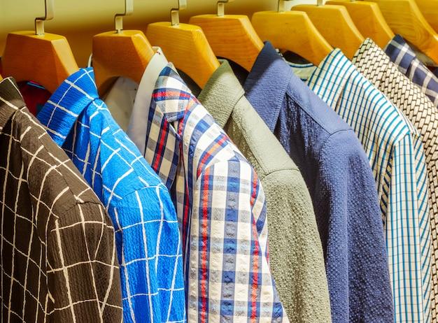 Koszula w szafie