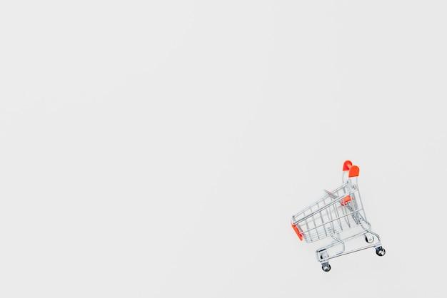 Koszyk Na Białym Tle Premium Zdjęcia