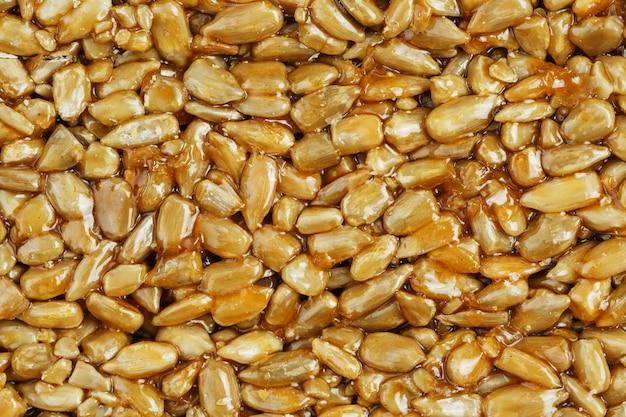 Kozinaki ze złotych, prażonych nasion słonecznika. zdjęcia makro,