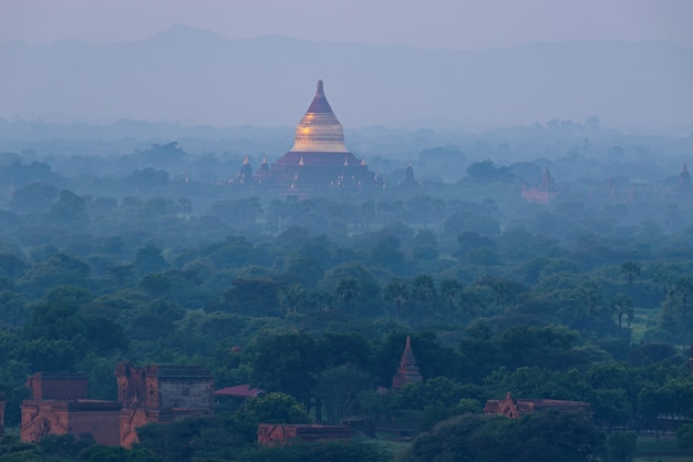 Krajobraz bagan, myanmar