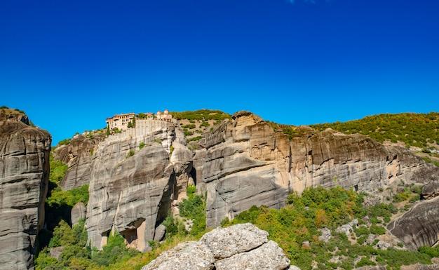 Krajobraz gór korfu z zielenią