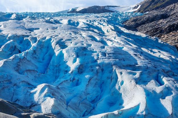 Krajobraz lodowca svartisen w norwegii