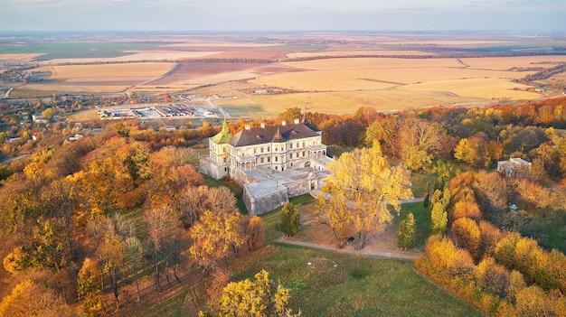 Krajobraz lotniczy pałacu podgortsy