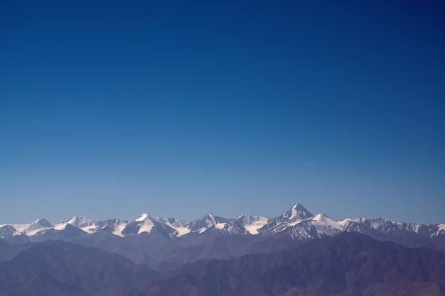 Krajobraz natury górskiej