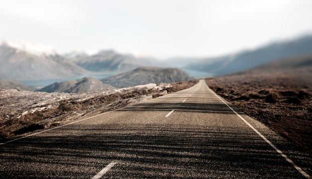 Krajobrazowy contry drogowej podróży miejsca przeznaczenia wsi pojęcie