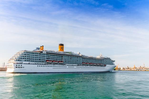 Krążownik costa mediterranea
