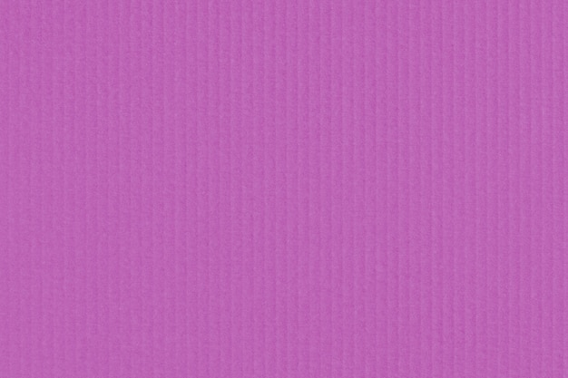 Kreatywna prążkowana tektura lub papier pakowy dla modnych