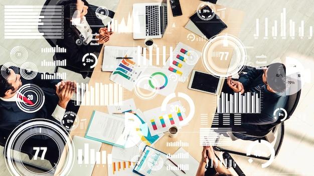 Kreatywna wizualizacja ludzi biznesu podczas spotkania pracowników firmy