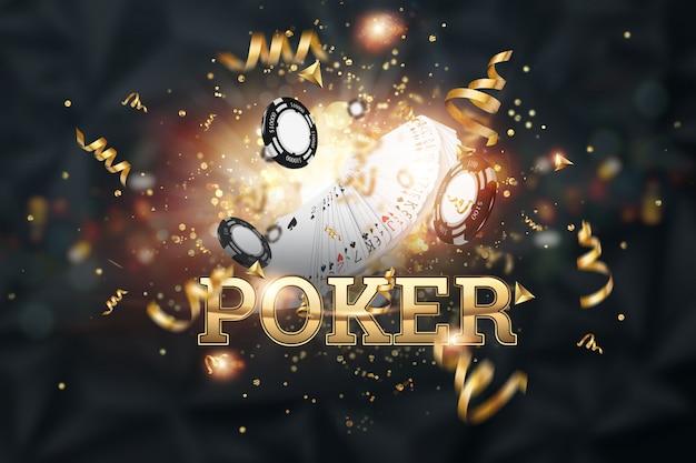 Kreatywne tło, poker napis, karty, żetony kasyna na ciemnym tle