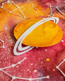 Kreatywne układanie planet papierowych