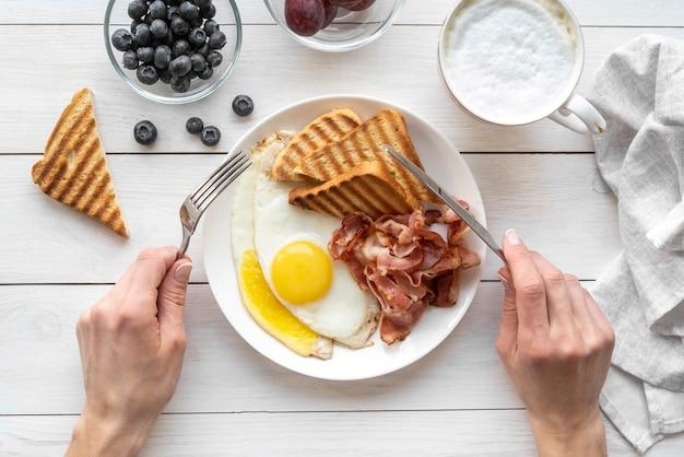 Kreatywny asortyment posiłków śniadaniowych