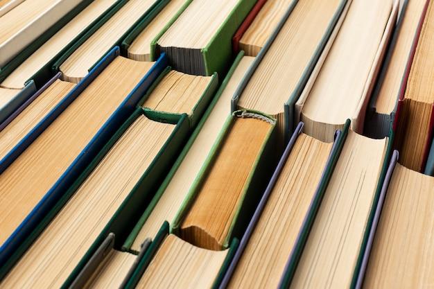 Kreatywny asortyment światowego dnia książki