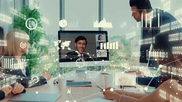 Kreatywny obraz ludzi biznesu podczas spotkania pracowników firmy podczas rozmowy wideo